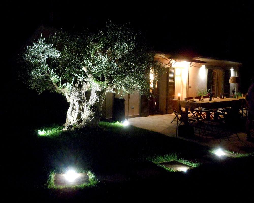 Illuminazione Esterna Ristorante ~ Design casa creativa e mobili ispiratori