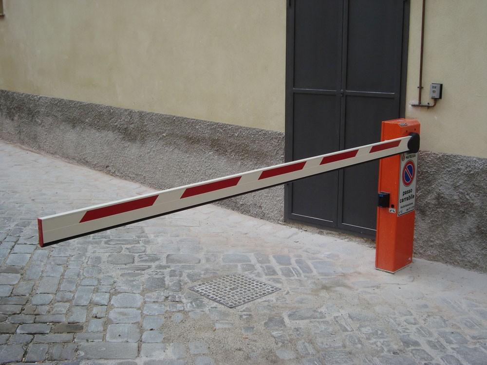 Sbarra per cancello